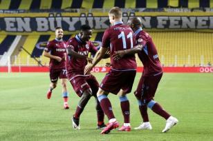 Fenerbahçe'yi evinde vurdular