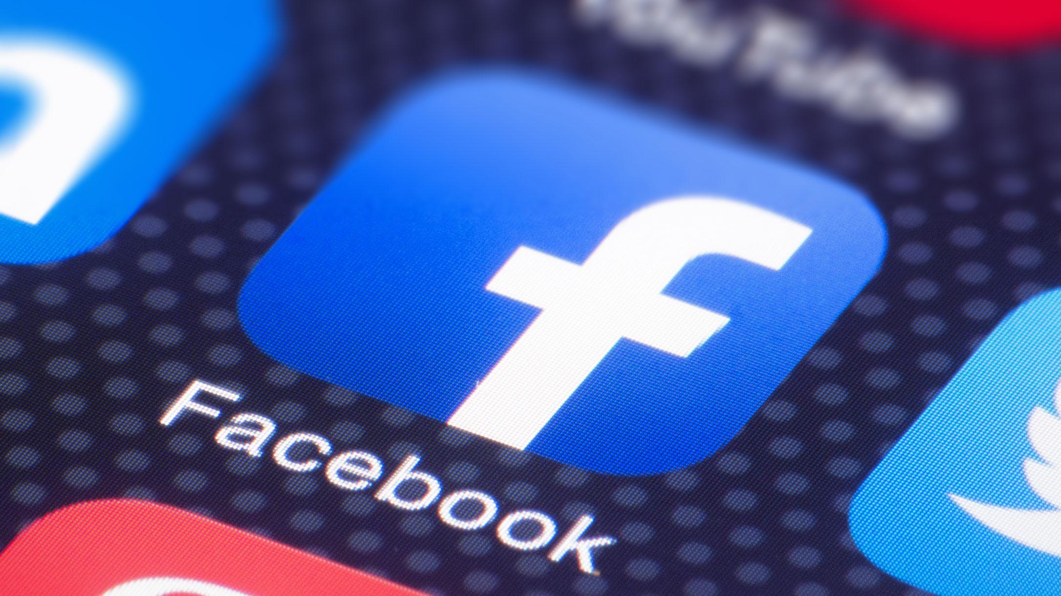 Facebook Rusya'daki para cezasını ödedi