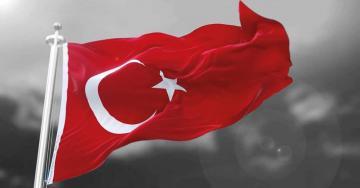 Yarın tüm okullarda bayrak töreni düzenlenip İstiklal Marşı okunacak