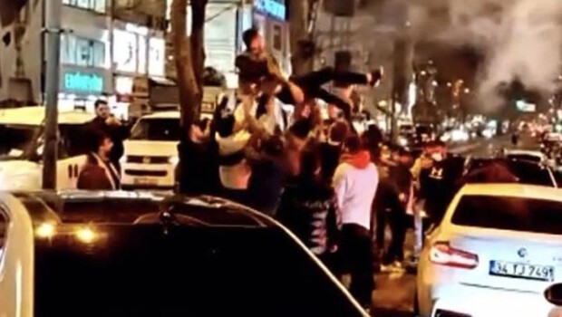 İstanbul'da yasağa rağmen şoke eden görüntüler!
