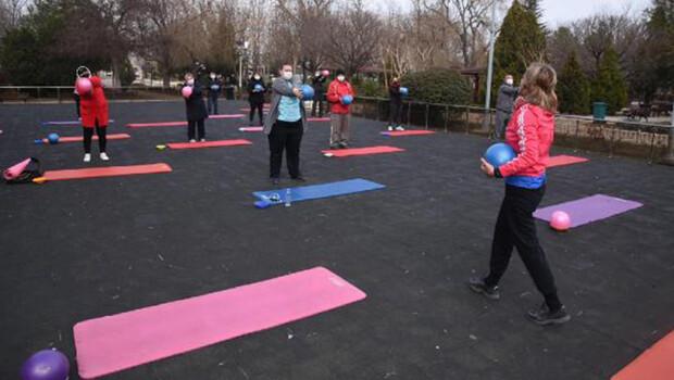 Keşan'da 65 yaş ve üzeri vatandaşlara egzersiz etkinliği