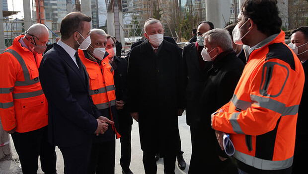 Erdoğan, yapımı devam eden Levent Camisi'ni inceledi