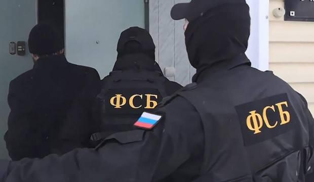 Rusya: Konsolos gizli bilgiler temin ederken yakalandı