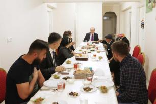 Erdoğan'dan bir iftar ziyareti daha